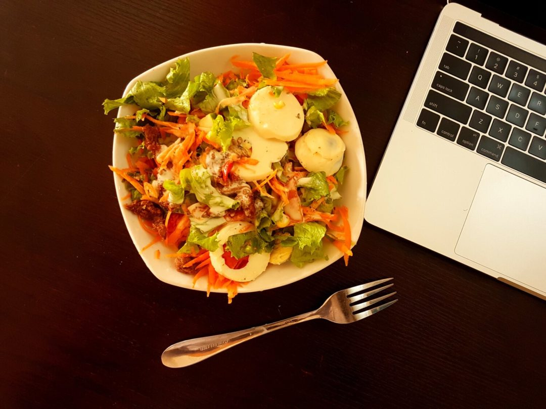 salade composée au travail